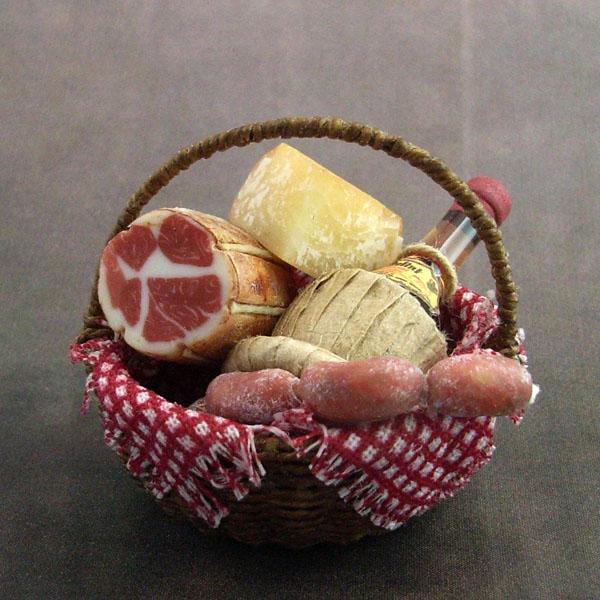 Italian basket